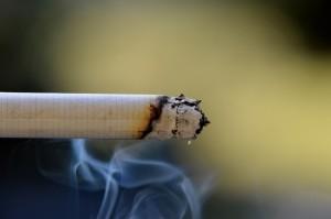 cigarette-666940_1280
